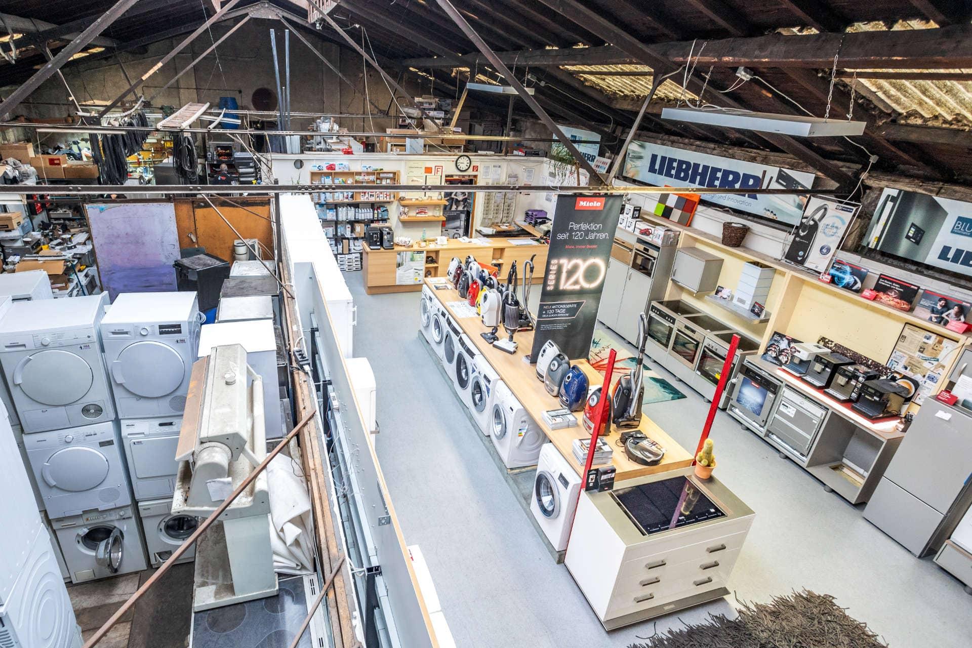 Neu- und Gebrauchtgeräte in der AGS Hausgeräte Kundenservice GmbH